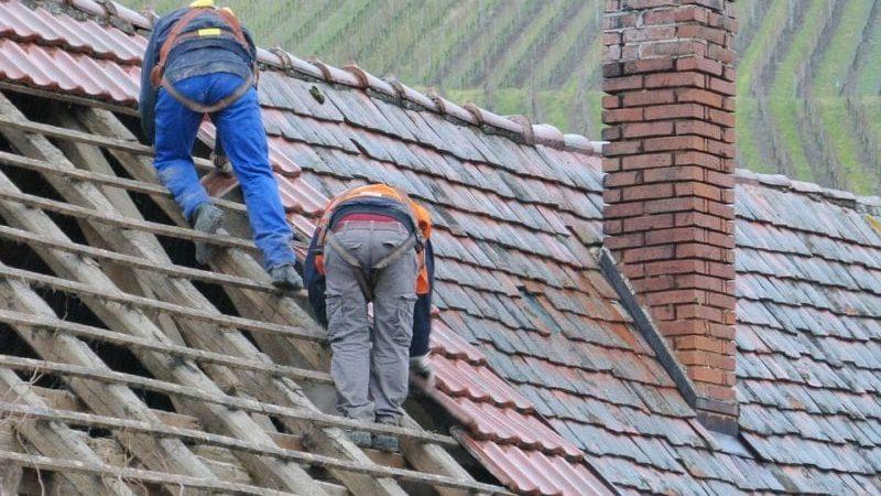 Understanding Roofers' Responsibilities