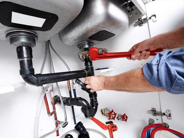 Plumber – Facts About Commercial Plumbing